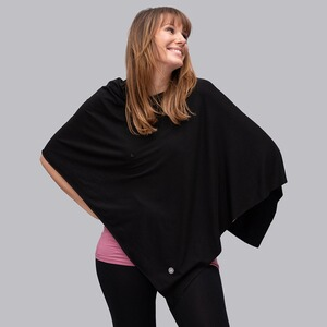 stillfashionPoncho aus TENCEL™  black 1