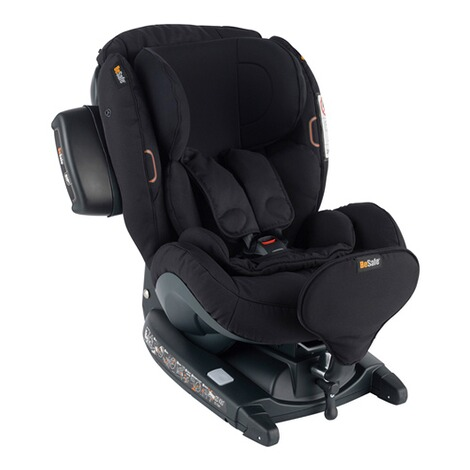 BeSafeiZi Kid X3 i-Size Kindersitz  fresh black cab 1